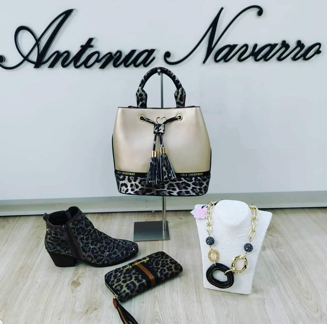 ANTONIA NAVARRO